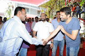 Allu Arjun Trivikram Movie Opening Photos-thumbnail-9