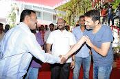 Allu Arjun Trivikram Movie Opening Photos-thumbnail-9