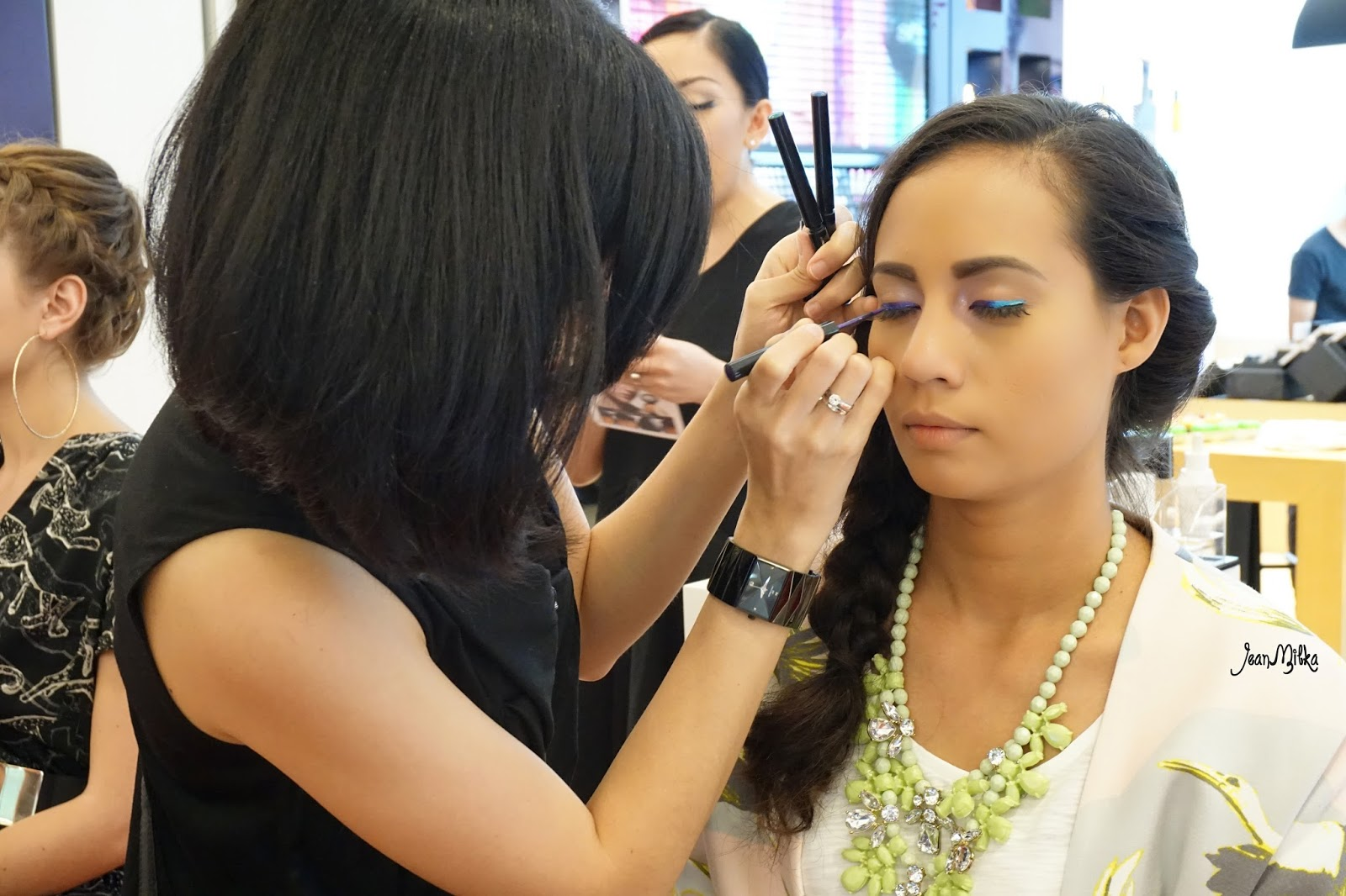 shu uermura, metallic bouquet, spring 2015, makeup demo, tutorial, creative,