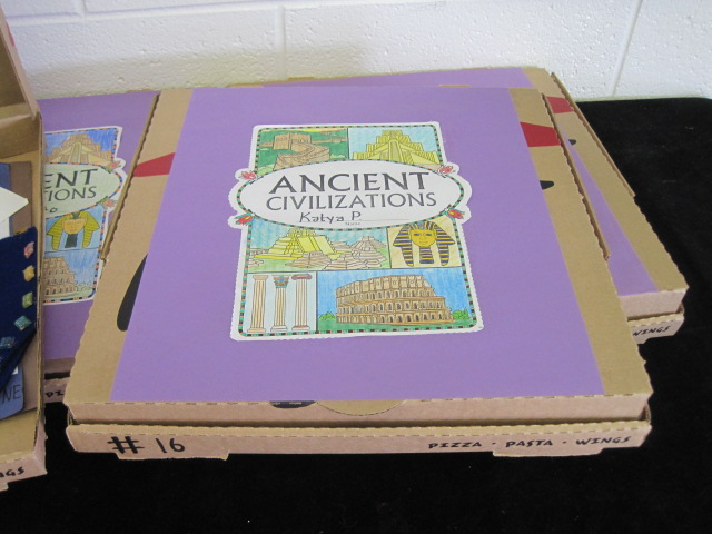 Pizza Box to Store Art Projects
