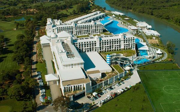 Hotel Titanic Deluxe Turcia