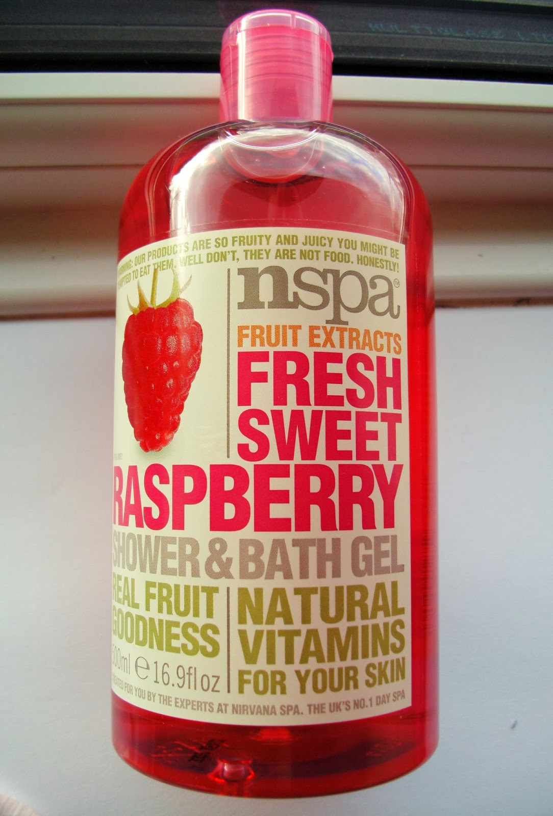 nspa Fruit Extracts Fresh Sweet Raspberry Shower and Bath Gel - 500 ml