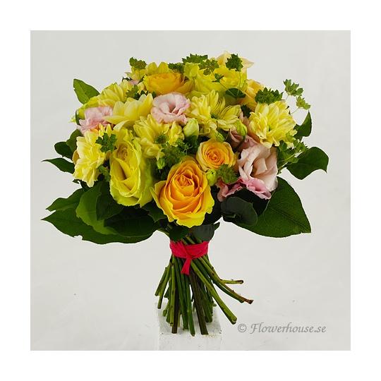 skicka blommor billigt örebro