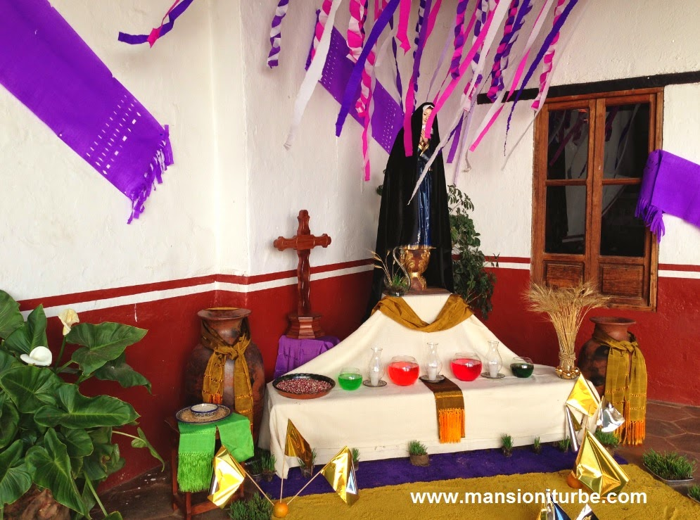 Altar of Pain in Pátzcuaro at Casa de los Once Patios