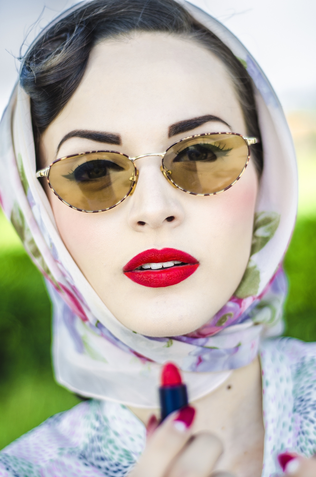 Headscarf and sunglasses is a inseparable attributes for me.