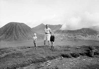 bromo  8 Gambar Gunung di Indonesia Jaman Belanda yang Fenomenal 3d