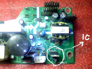 IC regulator proyektor BenQ