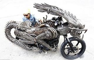 essa moto foi feita no filme alien x predador