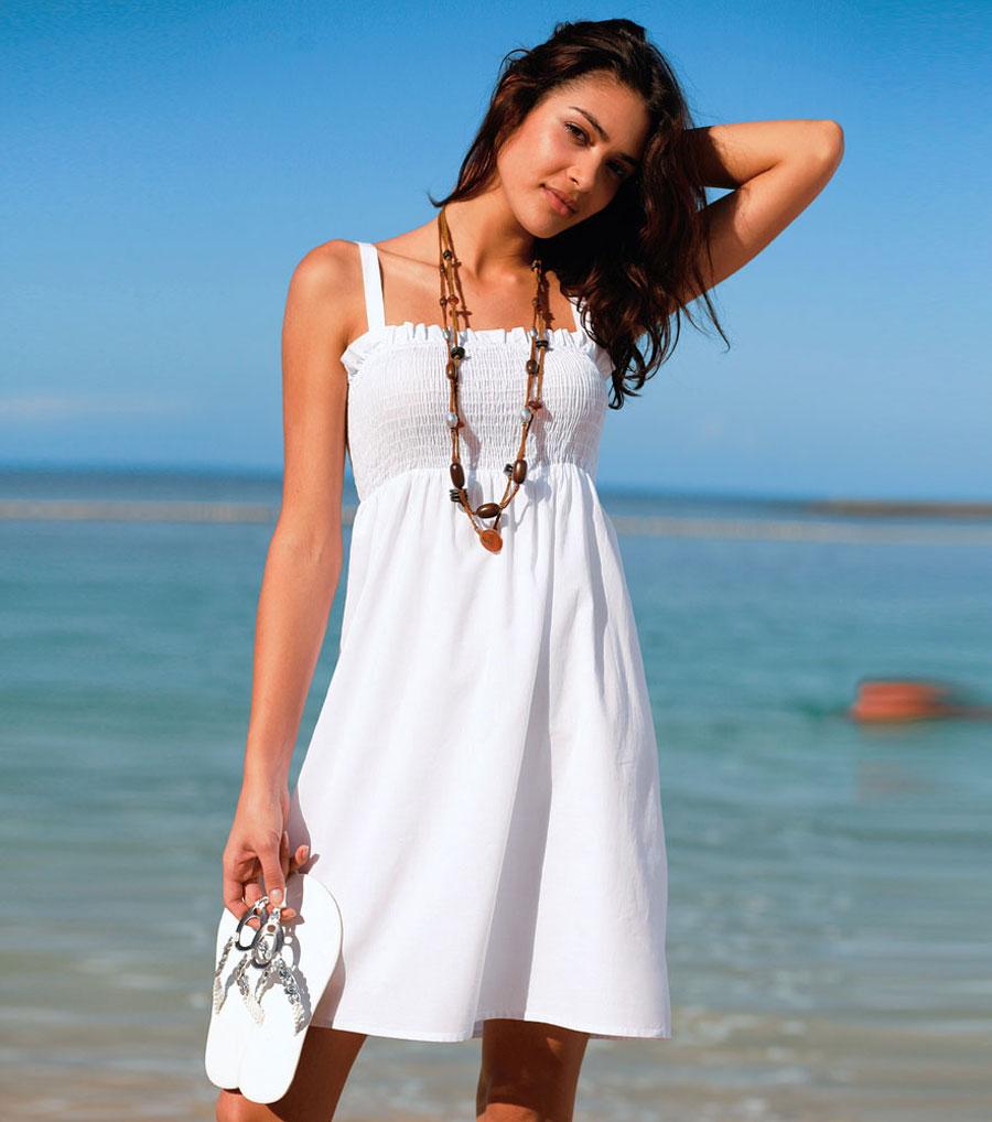 Vestidos blancos para usar en la playa