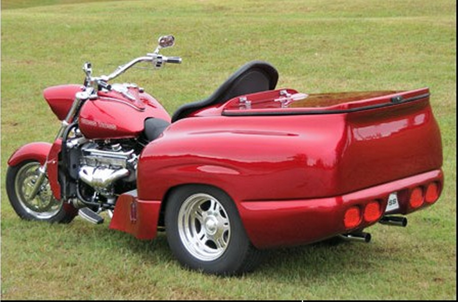Motorcycle Pictures Boss Hoss Bhc 9 Zz4 Trike