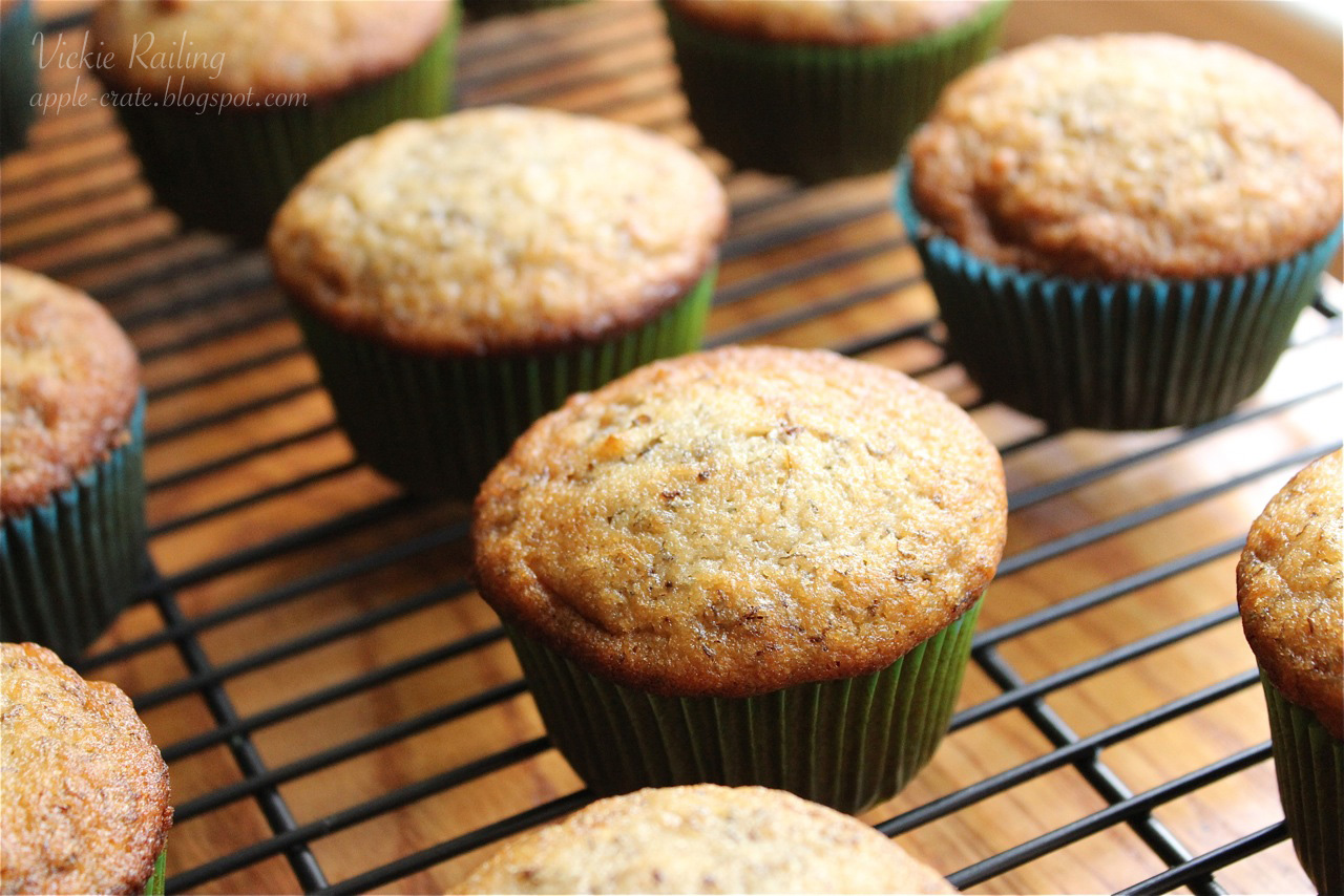 The Apple Crate: Banana Nut Muffins