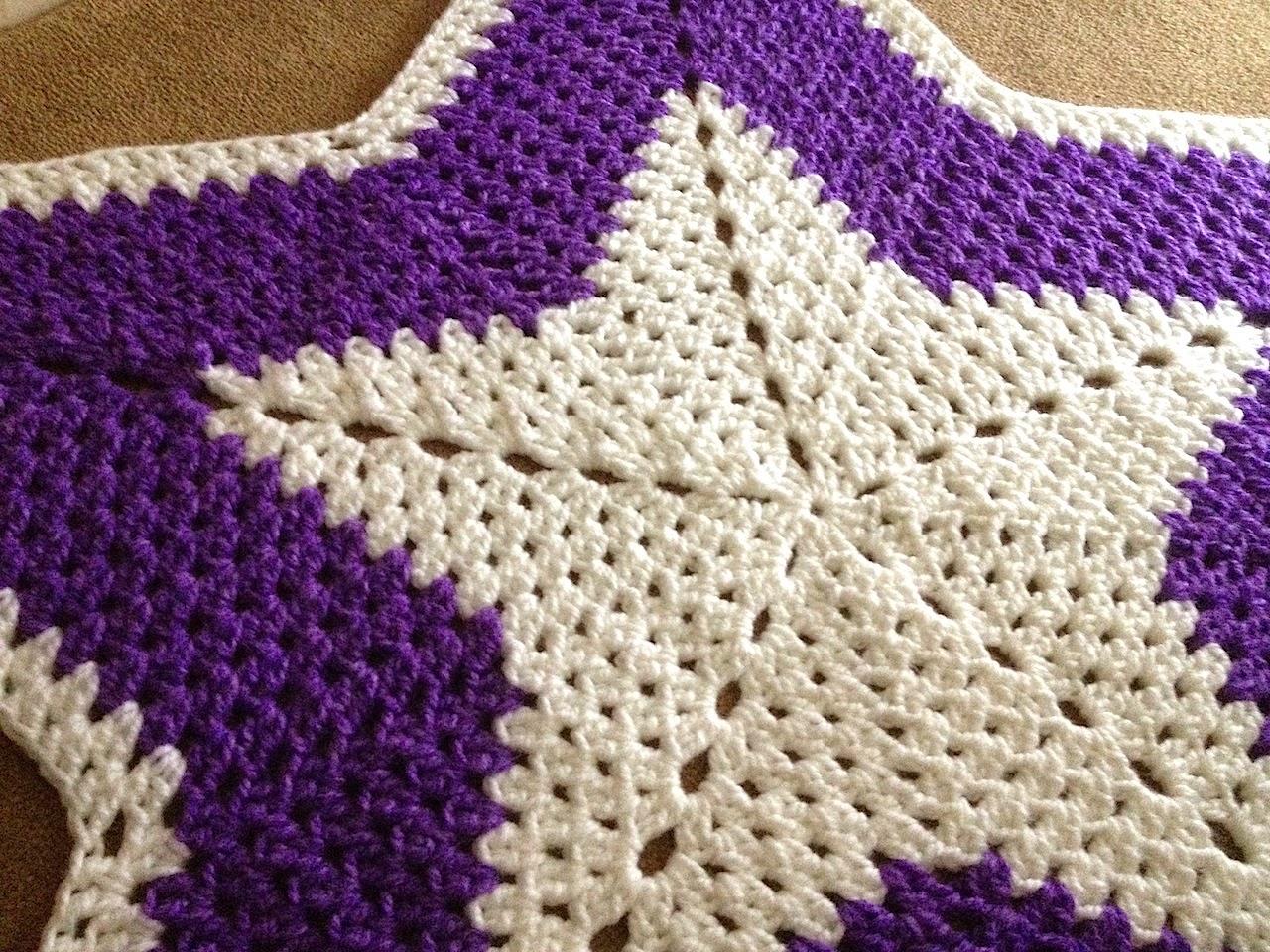 Illuminate Crochet: Star Rug