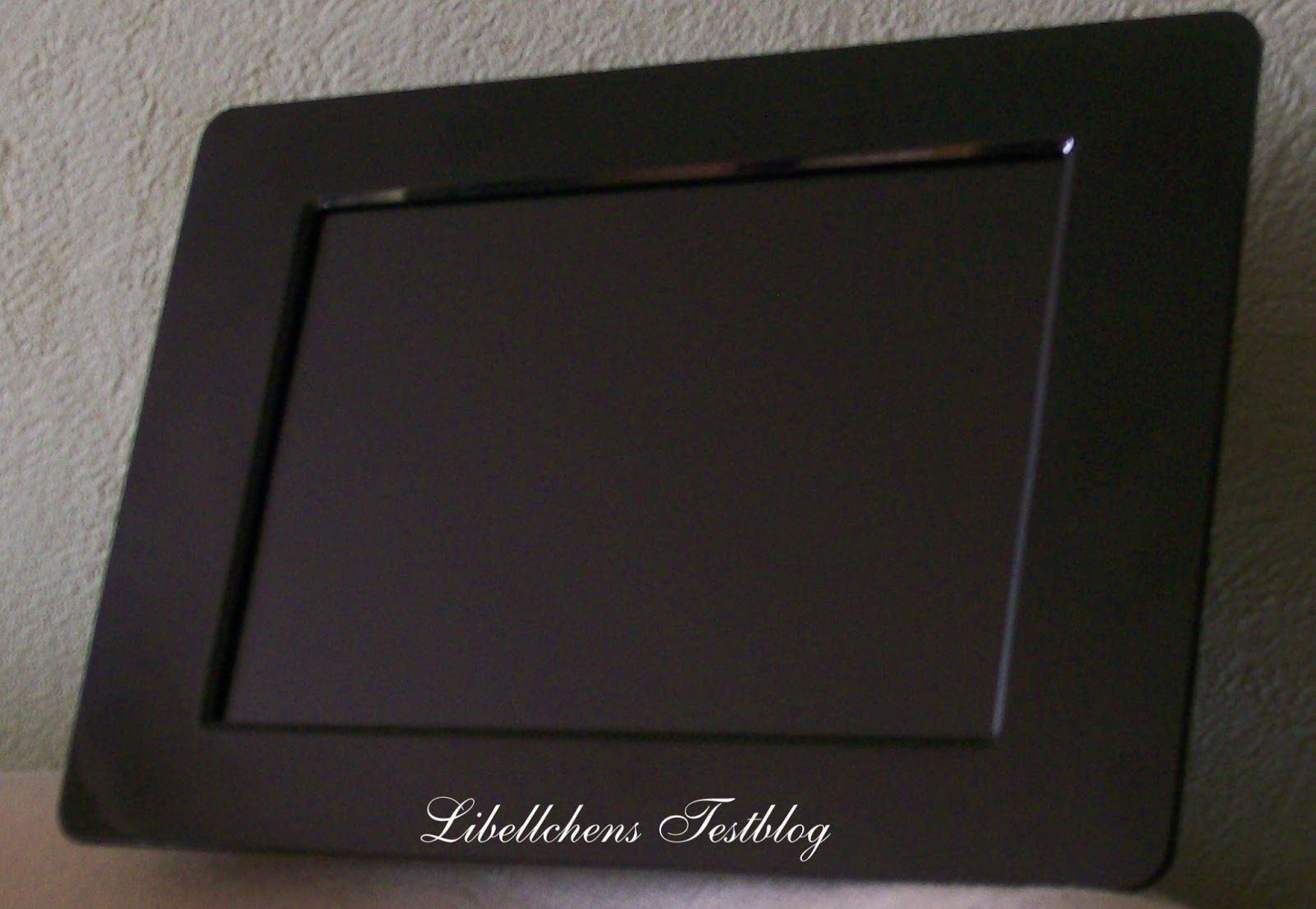 libellchen digitaler bilderrahmen kodak p76. Black Bedroom Furniture Sets. Home Design Ideas
