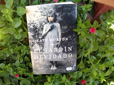 Todas somos reinas el jardin olvidado forgotten garden for Libro jardin olvidado