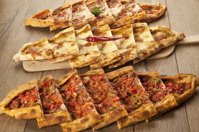 Roti Pide ( Pizza Turki )