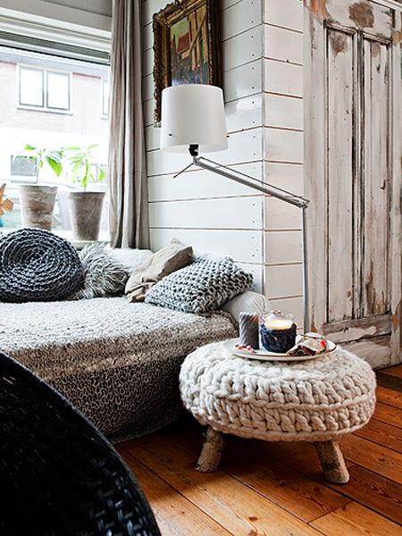 Drewnianabiała ściana
