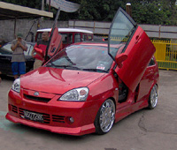 Sumber : http://otomamia.blogspot.com/2012/05/ modifikasi-sedan