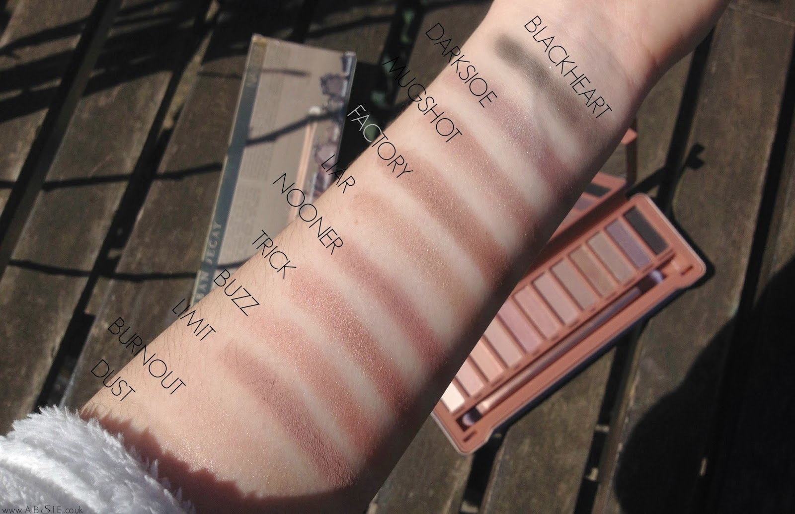 www.absie.co.uk: Urban Decay Naked 3 Palette | review + swatches