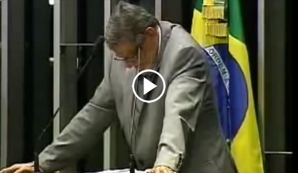 Senador chora e afirma que Dilma instaurou ditadura no país; assista ao vídeo