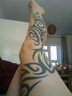 Tatuagens Femininas Tribais na Perna