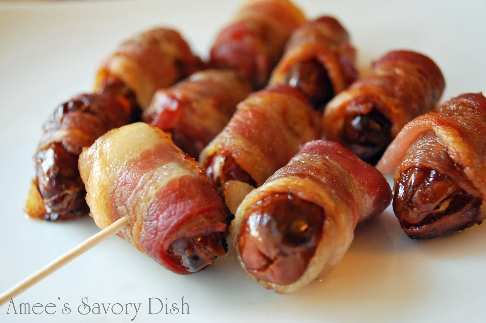 bacon wrapped stuffed dates ingredients 8 oz pitted medjool dates 30 ...