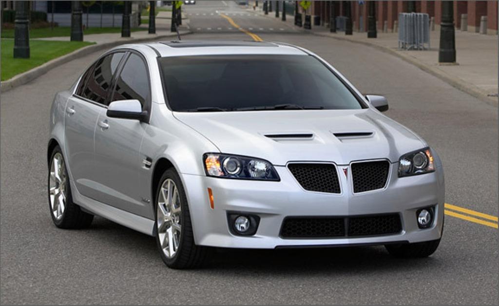 Auto World Pontiac G8 Gxp