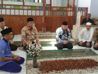 Makam Mbah KH Sahal Mahfudz Dikunjungi Din Syamsuddin