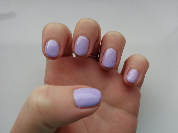 Models Own HyperGel Lilac Sheen Review