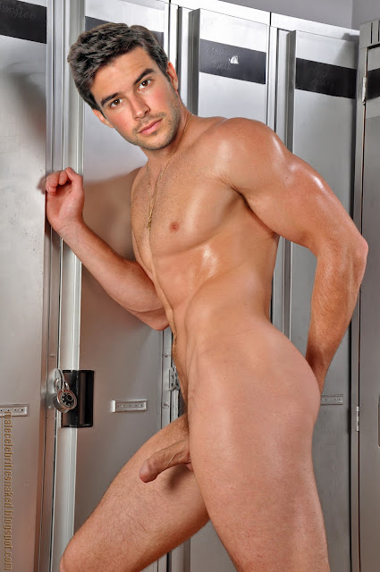 Are bernardo velasco naked