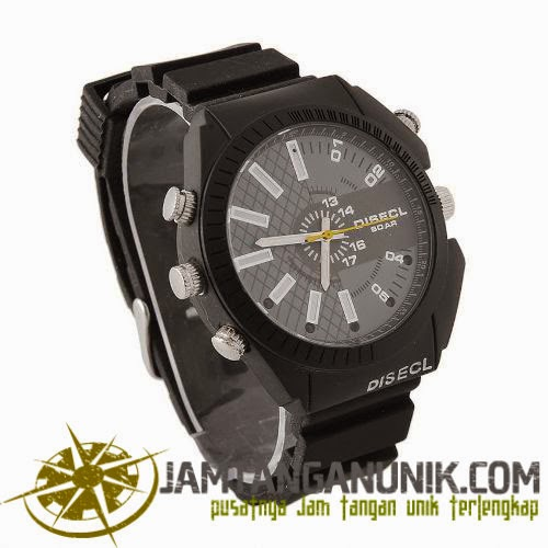 spy watch 8gb 1080p IR night vision waterproof 12MP very high definition