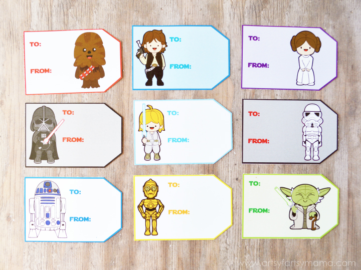 Free Printable Star Wars Gift Tags at artsyfartsymama.com