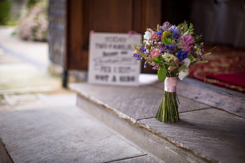 Vintage bouquet at Stannage Hall by Sheffield florist Campbell's Flowers