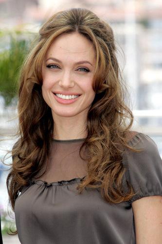 Angelina Jolie Hair-28