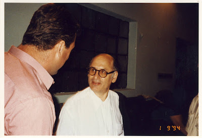 Michael Laurence Nyman - is a British composer of minimalist music , pianist, and musicologist :