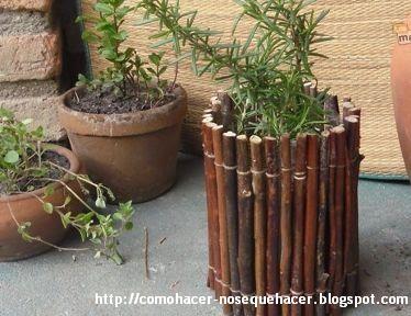 C mo hacer macetas con ramas como hacer manualidades y - Macetas para patios ...