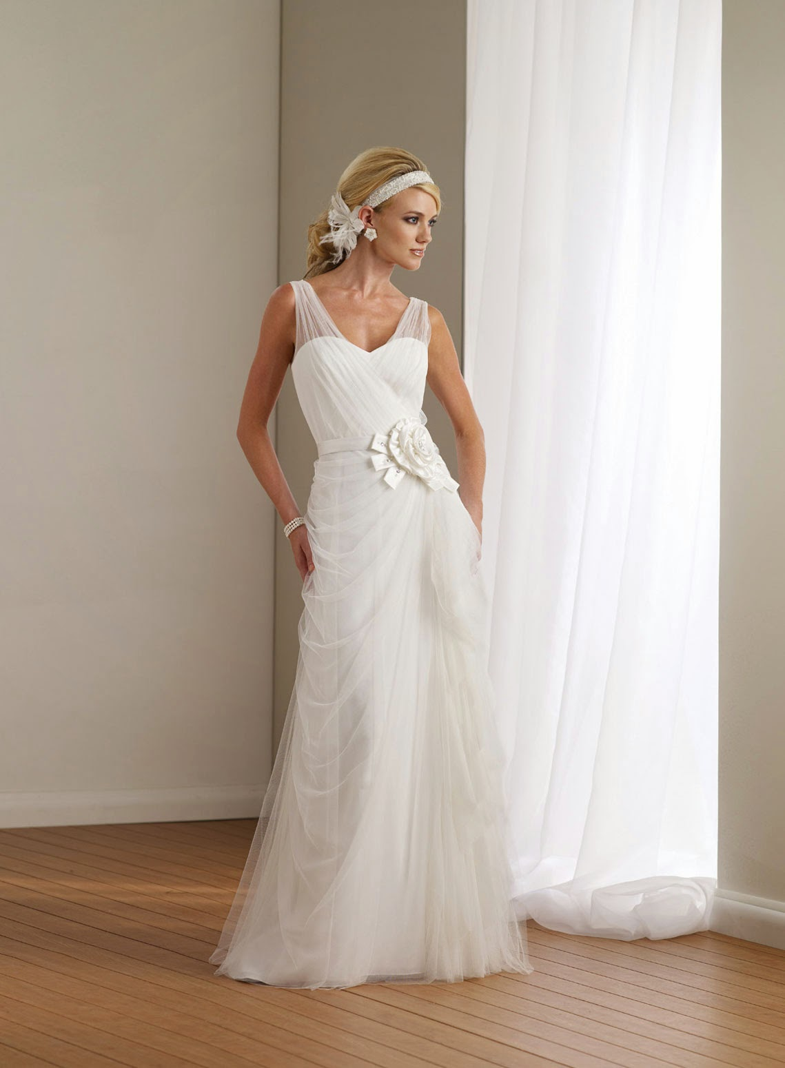 Casual White Wedding Dress With Sleeves Ideas Photos HD