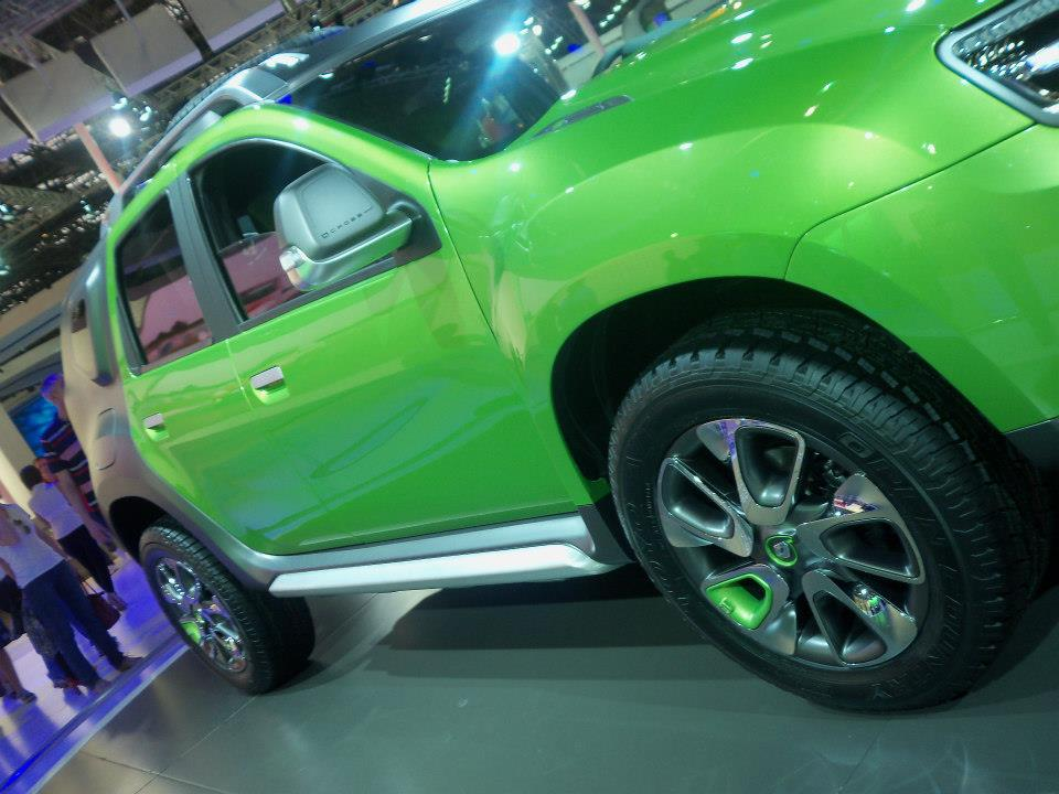 a car Novo Renault Duster 2014