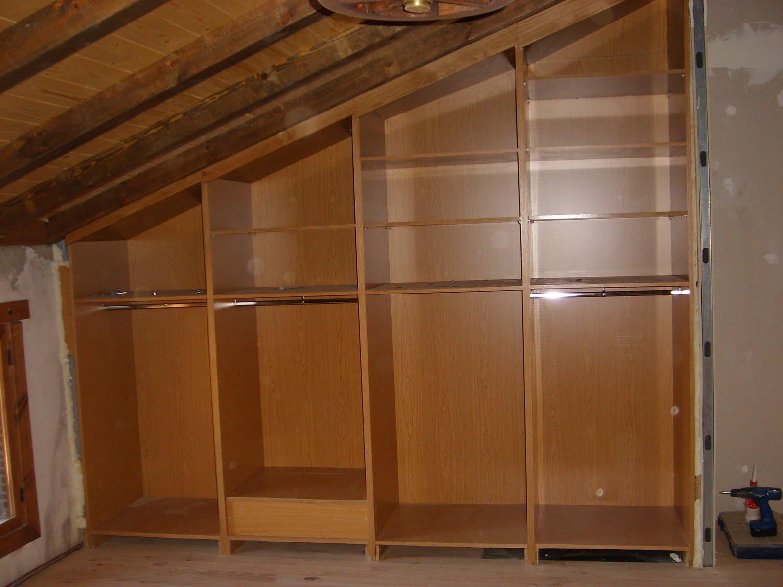 Modifica tu casa armario empotrado con desnivel for Interior armario zapatero