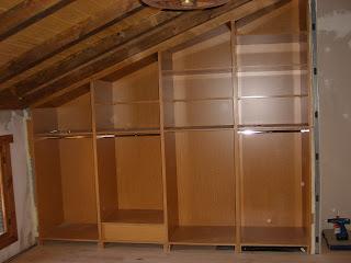 Modifica tu casa armario empotrado con desnivel - Como hacer un armario zapatero ...