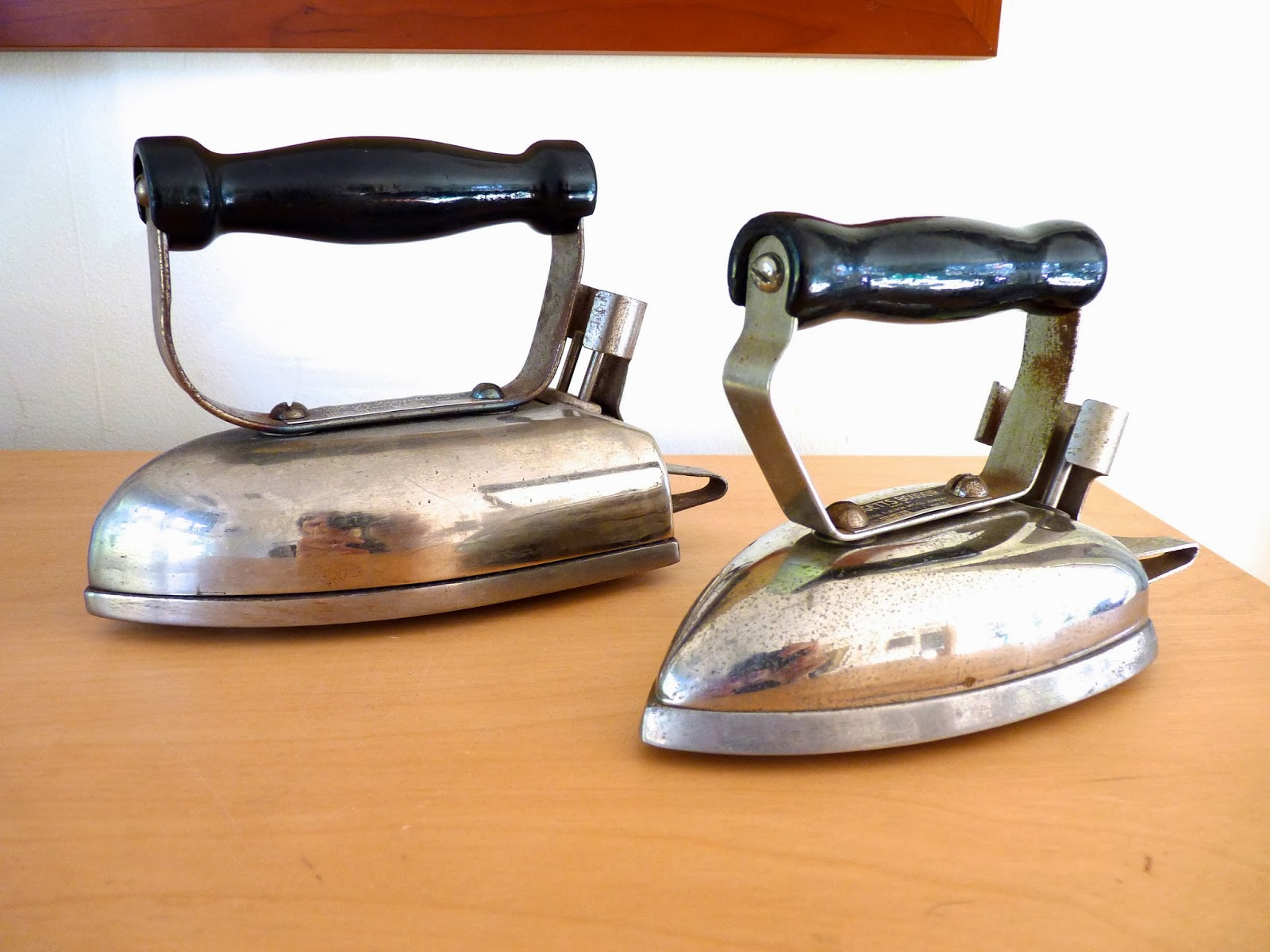 Vintage Electric Irons 20