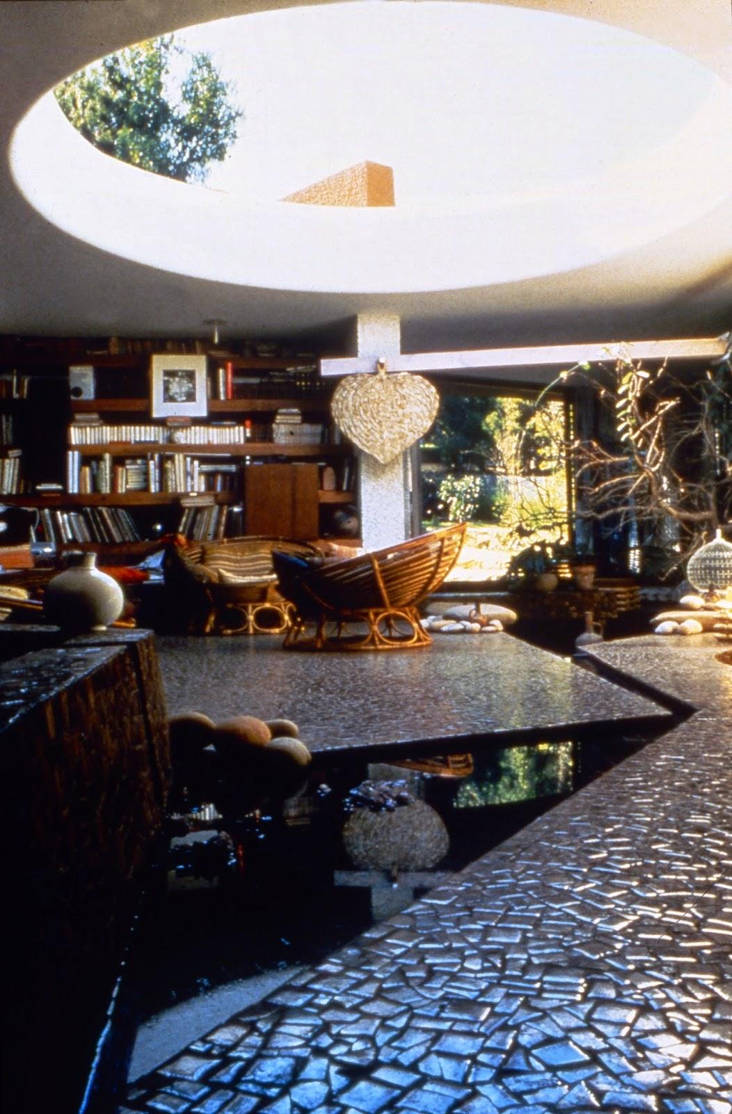 hidden architecture villa et atelier zevaco. Black Bedroom Furniture Sets. Home Design Ideas