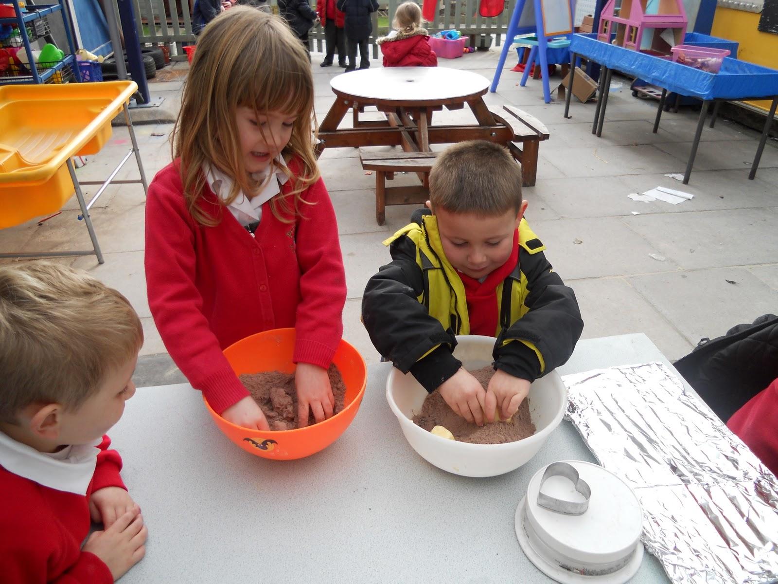 Pontyclun Primary School Reception Class St Dwynwens Day