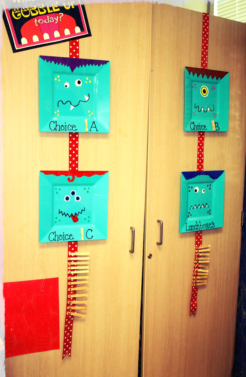 Classroom Attendance Ideas ~ Show us how you use it clothespins with amanda owl