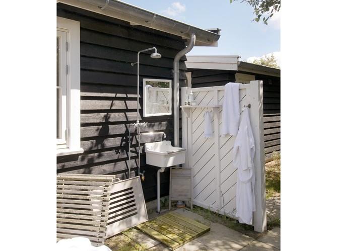 Karmuca y cuquino una ducha en el jard n - Duchas para terrazas ...