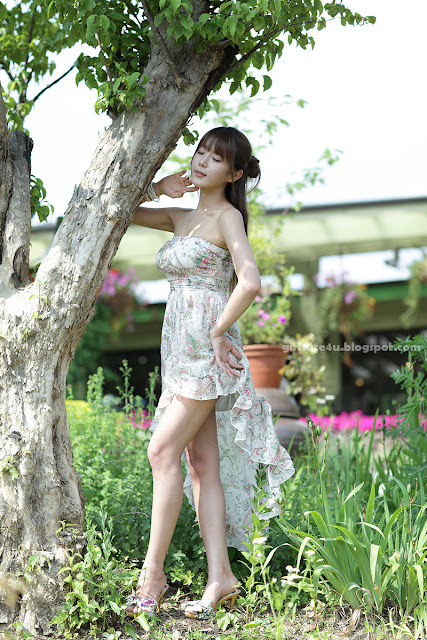 Heo-Yun-Mi-Strapless-Dress-26-very cute asian girl-girlcute4u.blogspot.com
