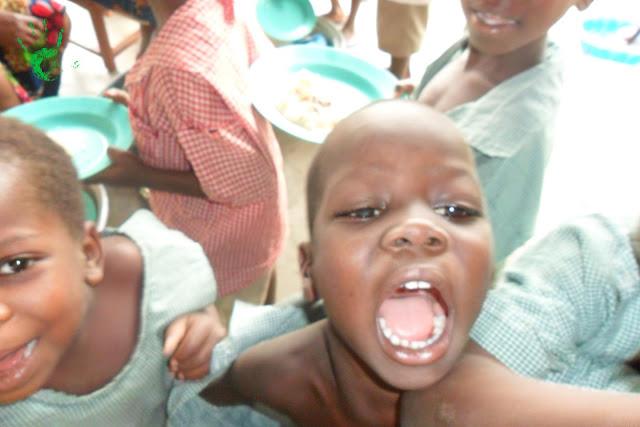 I bambini della scuola di Atchanvé in Togo
