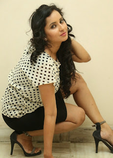 Actress Ishika Singh Latest Picture Gallery at Toll Free No 143 Audio Launch 3