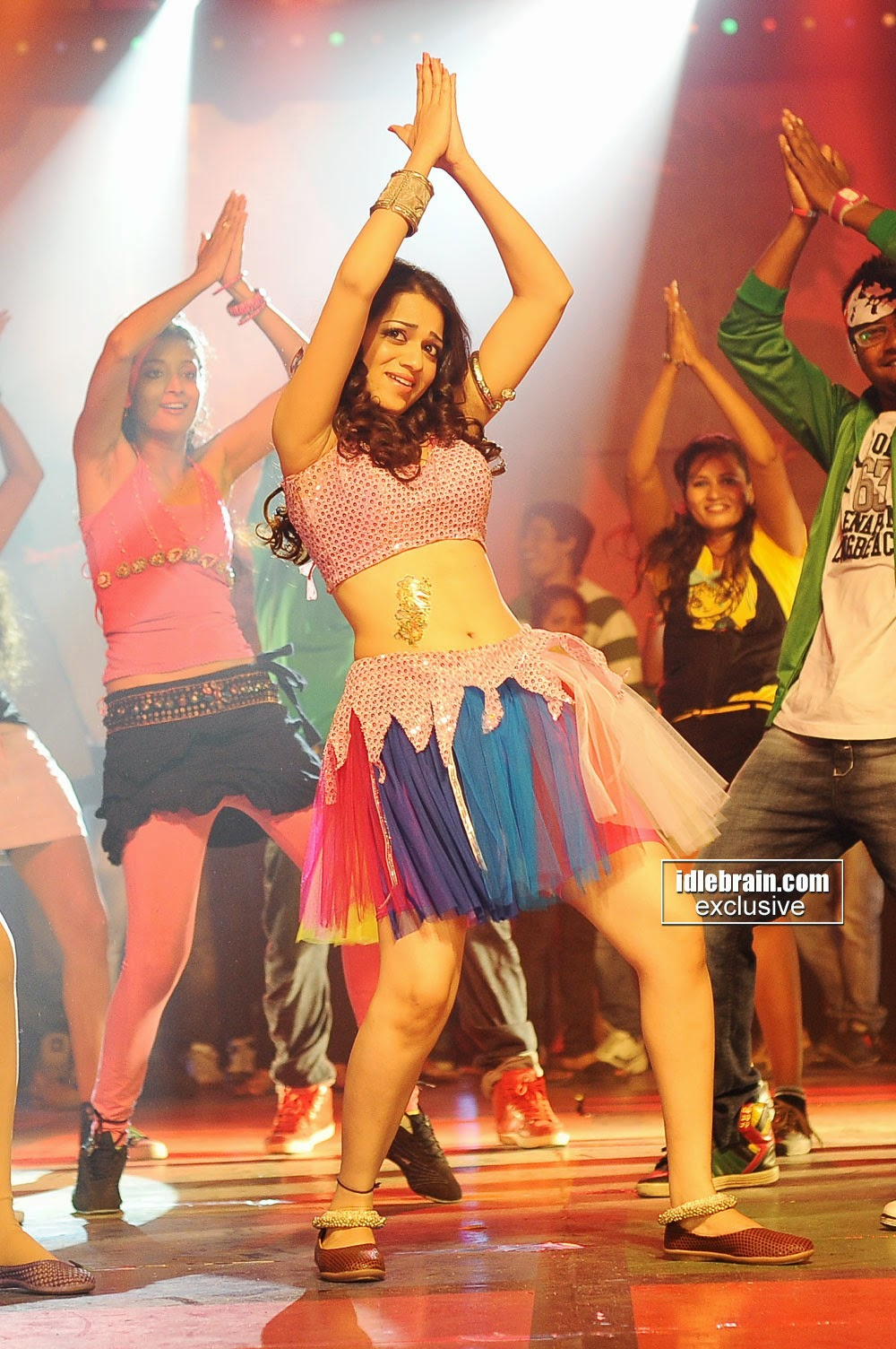 reshma mini skirt dance