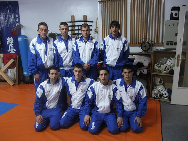 Karate shito ryu asturias copa del mundo de clubs de for Gimnasio yin yang