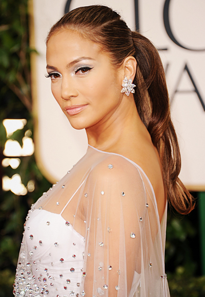 jennifer lopez on the floor hair. Jennifer Lopez looked simply
